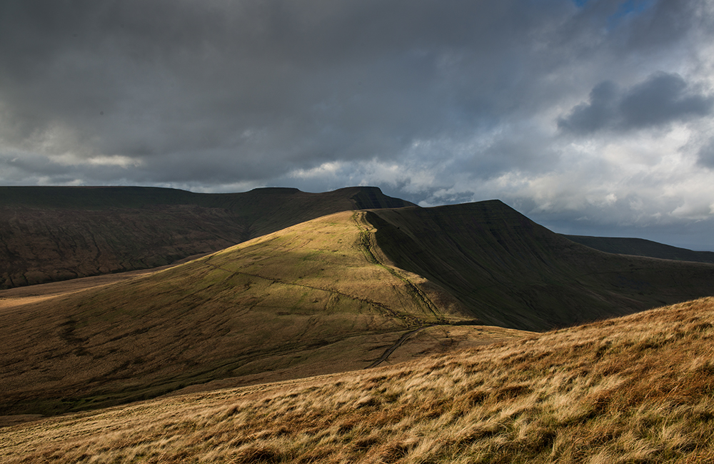 Winter images of the Brecon Beacons. Showing Pen y Fan, Corn Du and Cribyn, taken from Fan y Big, Brecon Beacons, Wales UK